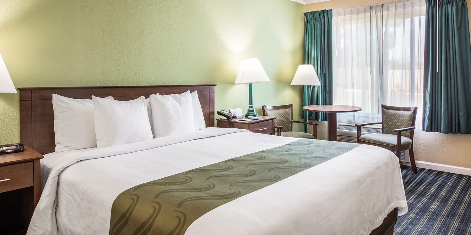 CHOOSE FROM SEVERAL WELL-APPOINTED ROOM TYPES AS A GUEST OF OUR SANTA BARBARA, CA HOTEL